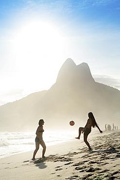 Women playing altinha (football) on Ipanema beach, Rio de Janeiro, Brazil, South America - 1176-263