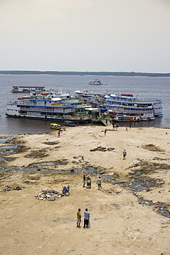 The Negro river during one of the worst droughts in living memory, Amazon, Brazil, South America