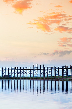 U Bein teak bridge and the Taungthaman Lake near Amarapura, Mandalay, Myanmar (Burma), Southeast Asia