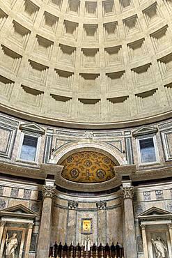 Interior of the Roman-built Pantheon Church, UNESCO World Heritage Site, Rome, Lazio, Italy, Europe