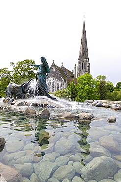 St. Alban's Church with the Gefion Fountain in the foreground, Churchill Park, Copenhagen, Denmark, Europe
