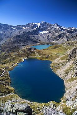 View of Lake Agnel and Lake Serru, Colle del Nivolet, Ceresole Reale, Alpi Graie (Graian Alps), Piedmont, Italy, Europe