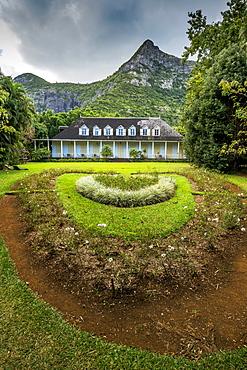 Ornamental gardens of Eureka La Maison Creole colonial house, Montagne Ory, Moka, Mauritius, Indian Ocean, Africa
