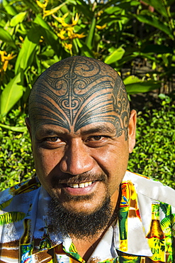 Man with traditional Marquesa tatoos on his head, Papeete, Tahiti, Society Islands, French Polynesia, Pacific