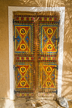 Beautiful coloured door, Diriyah, UNESCO World Heritage Site, Riyadh, Saudi Arabia, Middle East