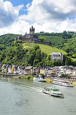 Imperial castle of Cochem on the Moselle, Moselle valley, Rhineland-Palatinate, Germany, Europe