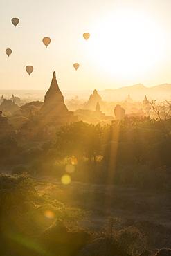 Temples of Bagan (Pagan), Myanmar (Burma), Asia