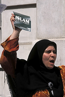 Protest, uk. London. Islamic fundamentalist rally