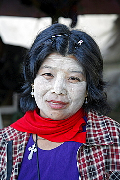 Myanmar woman in market at myitkyina, a largely kachin community in north burma near chinese border  - 1194-2122