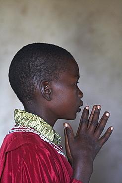 Tanzania altar boy, sunday mass at a catholic church in komaswa