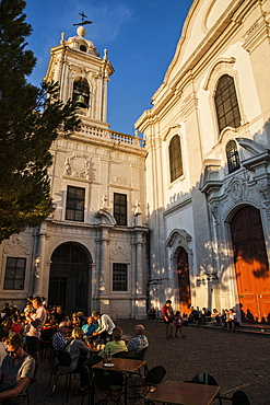 Graca Church, one of the city's oldest, built in 1271 with a Baroque interior and 17th century tiles, Lisbon, Portugal, Europe