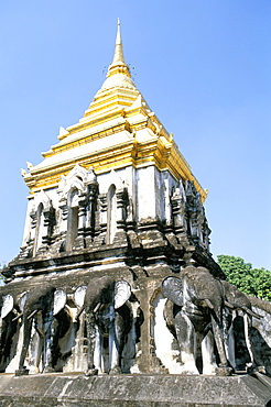 Chedi Chiang Lom at Wat Chiang Man Buddhist temple complex, Chiang Mai, Thailand, Southeast Asia, Asia