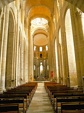 Nave of Romanesque abbey church of Ste. Foy, on pilgrimage route to Santiago de Compostela, UNESCO World Heritage Site, Conques, north of Rodez, Midi-Pyrenees, France, Europe