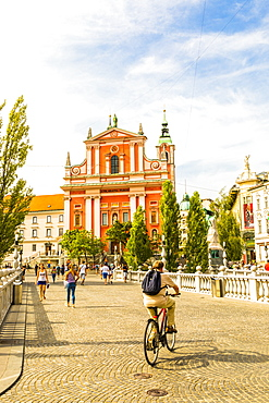 Franciscan Church of the Annunciation and Triple Bridge, Ljubljana, Slovenia, Europe