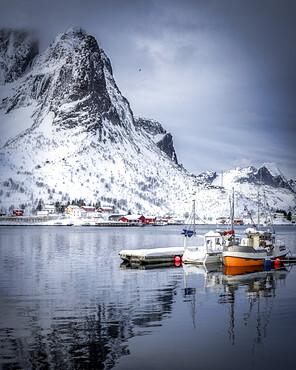 Reine harbour in winter, Lofoten Islands, Nordland, Norway, Scandinavia, Europe