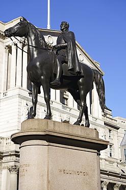 Equestrian statue of the Duke of Wellington outside the Bank of England, City of London, London, England, United Kingdom, Europe