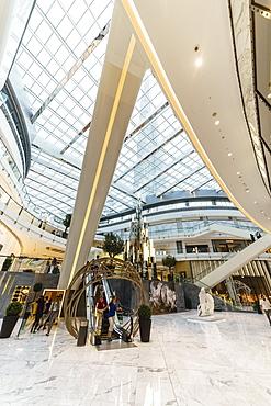 Fashion Avenue in Dubai Mall, the World's largest shopping mall, Dubai, United Arab Emirates, Middle East