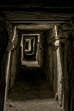 Knowth, UNESCO World Heritage Site, County Meath, Leinster, Republic of Ireland, Europe