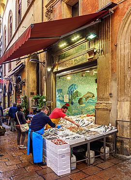 Street food market, Bologna, Emilia-Romagna, Italy, Europe