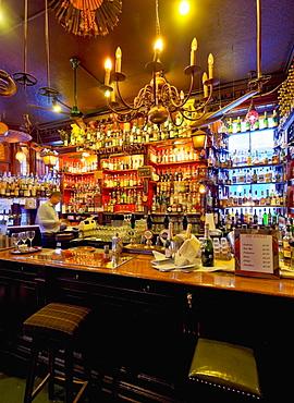 Interior view of the Canny Man's Pub, Edinburgh, Lothian, Scotland, United Kingdom, Europe