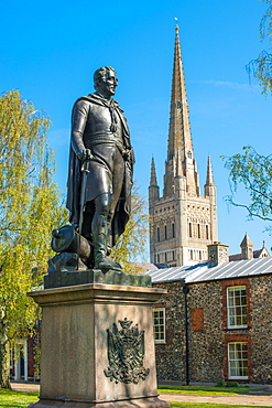 Statue of Wellington and the Spire of Norwich Cathedral, Norwich, Norfolk, East Anglia, England, United Kingdom, Europe