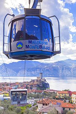 Cable car coming to the village of Malcesine, Lake Garda, Verona province, Veneto, Italian Lakes, Italy, Europe