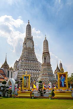 Wat Arun Ratchavararam (The Temple of Dawn), Bangkok, Thailand, Southeast Asia, Asia