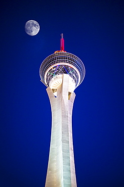 Stratosphere Tower at night, The Strip, Las Vegas Boulevard, Las Vegas, Nevada, United States of America, North America