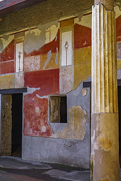 Casa di Venus atrium peristyle colonnade, frescoes on House of D. Lucretii Satrii Valentes, Pompeii, UNESCO World Heritage Site, Campania, Italy, Europe