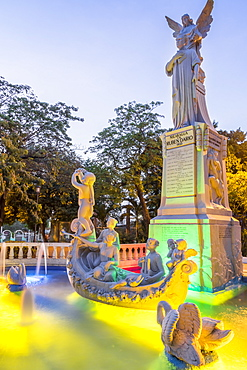 Ruben Dario statue in the main square of Managua, Nicaragua, Central America