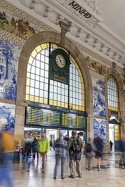 Interior, Sao Bento Train Station, Porto, Portugal, Europe