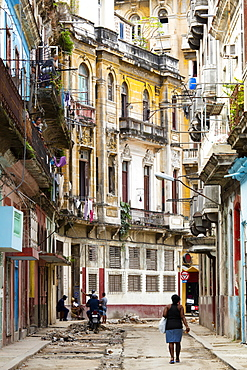 Old buildings and street in Havana, Cuba, West Indies, Caribbean, Central America