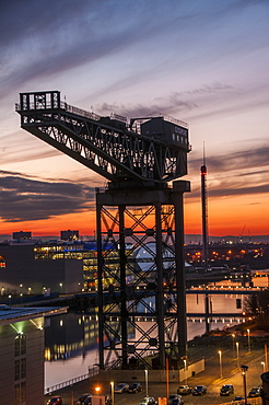 The Finnieston (Stobcross) Giant Cantliever Crane in Glasgow on the River Clyde, Glasgow, Scotland, United Kingdom, Europe