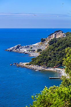 Southeast coast and quarries, Island of Palmaria, Liguria, Italy, Europe