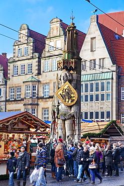 The Bremen Roland, Christmas markets, Bremen, Germany, Europe