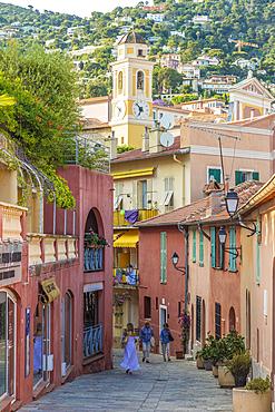 Street scene in Villefranche sur Mer, Alpes Maritimes, Provence Alpes Cote d'Azur, French Riviera, France, Mediterranean, Europe