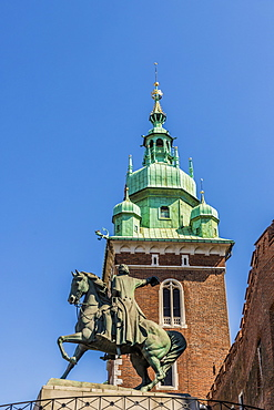 Tadeusz Kosciuszko statue, Wawel Royal Castle, UNESCO World Heritage Site, in the medieval old town, in Krakow, Poland, Europe