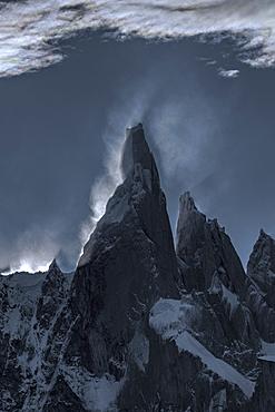 Cerro Torres, Los Glaciares National Park, UNESCO World Heritage Site, Santa Cruz Province, Argentina, South America