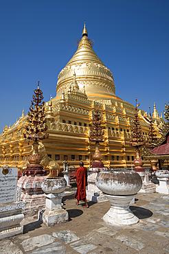 The great Stupa in the Shwezigon Pagoda in Bagan in Myanmar (Burma), Asia