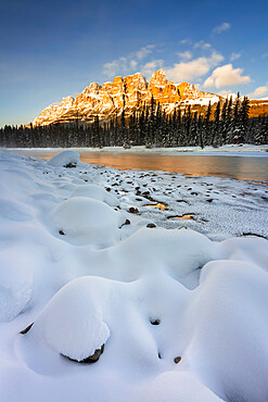 Castle Mountain with Bow River in winter, Banff National Park, UNESCO World Heritage Site, Alberta, Canada, North America