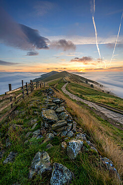 Losehill and Great Ridge with rolling mist in Edale Valley, Derbyshire