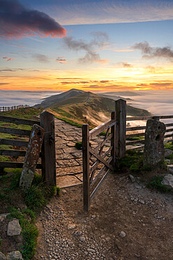 The gateway to The Great Ridge and Losehill with cloud inversion, Edale, The Peak District, Derbyshire