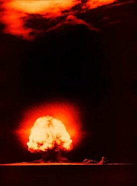 Trinity Test Explosion, 1945