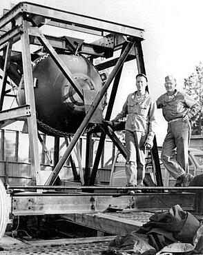 Fat Man Shake Test, Manhattan Project