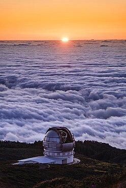 Sunset above Grand Tecan Telescope