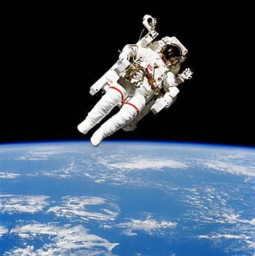 Astronaut Bruce McCandless spacewalk