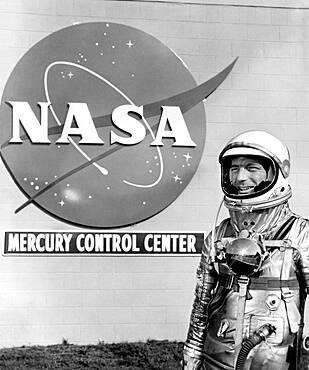 Mercury Control Center, Astronaut Scott Carpenter