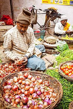 Main Market, Historical Center, near Dashashwamedh Ghat Road , Varanasi, Uttar Pradesh