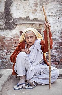 Widow begging, Vrindavan, Mathura district, India