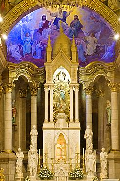 Interior of Catedral Basilica de la Purisma Concepcion (Basilica of the Immaculate Conception), the cathedral in Old Town, Mazatlan, Mexico.